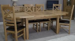 Deluxe Oval Extending Table